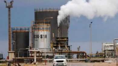 Photo of رويترز: إرتفاع إنتاج ليبيا من النفط إلى مليون و 215 برميل يوميا