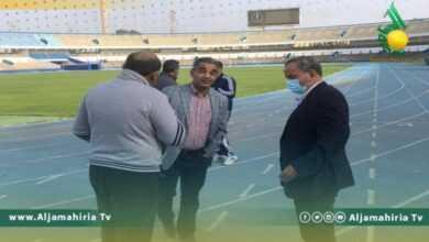 Photo of الشلماني يتابع الصيانة بملعب طرابلس الدولي