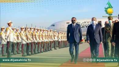 Photo of على رأس وفد وزاري كبير.. الدبيبة يصل الجزائر في زيارة رسمية