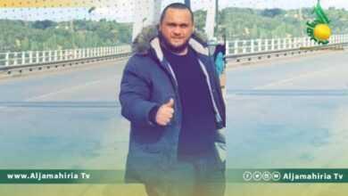 Photo of نشطاء: عصابة تطارد شابًا في قنفودة ببنغازي وتدفعه للانقلاب بسيارته