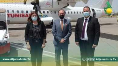 Photo of هبوط أول رحلة للخطوط الجوية التونسية في طرابلس منذ سنوات