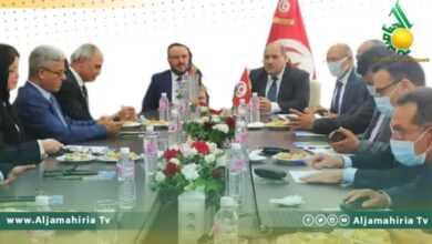 Photo of وزير الصناعة يزور تونس في مهمة عمل