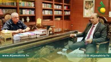 Photo of نائب رئيس الحكومة يلتقي عميد بلدية بنغازي