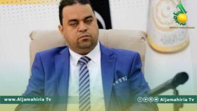 وزير العمل علي العابد